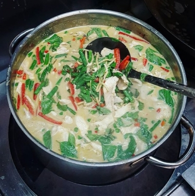 image of a large pot of green curry
